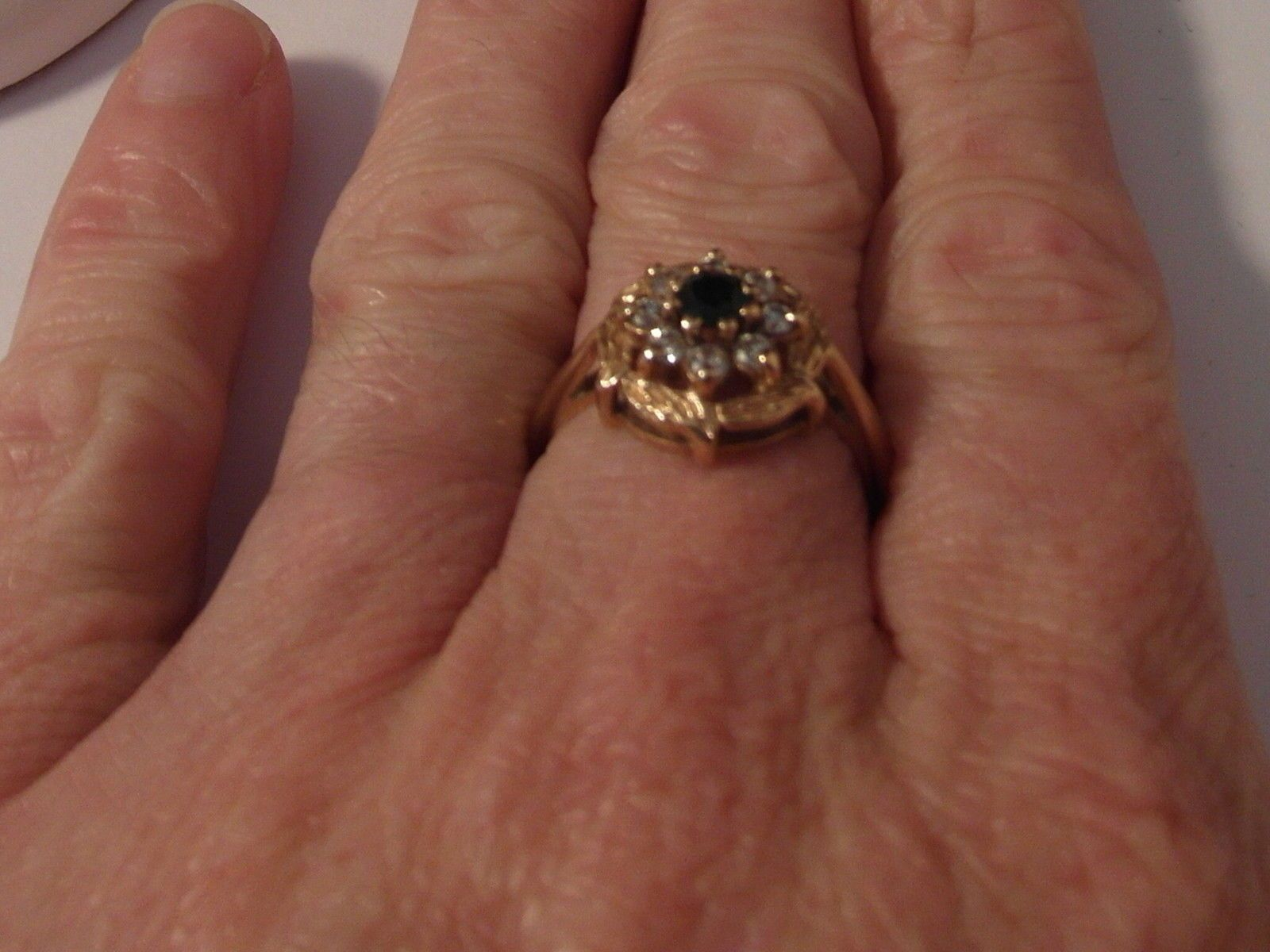 La s 9ct gold Sapphire and Zirconia flower cluster ring